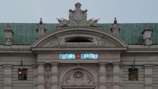 Cultura=Capitale di Alfredo Jaar in piazza Carlo Alberto