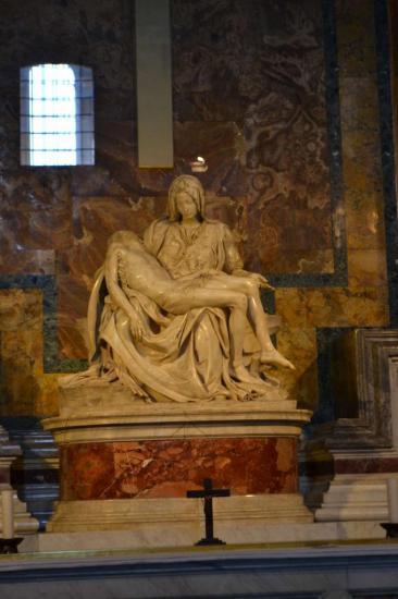 La Pietà di Michelangelo - Basilica di San Pietro - Vaticano - Roma